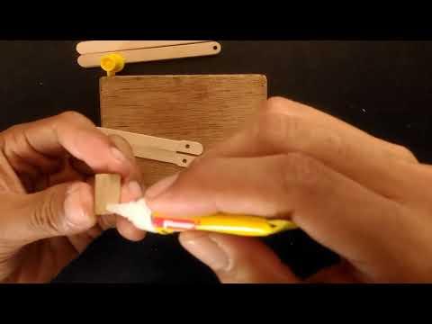 Comment faire du Balisong de couteau Papillon avec un bâton de Popsicle via @YouTube