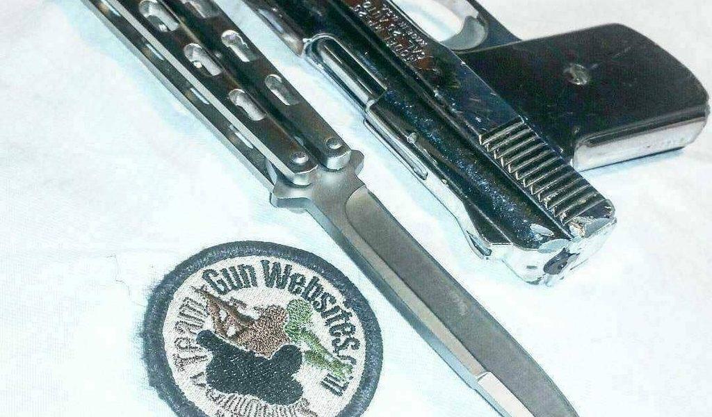 Couteaux papillon et Anneau de feu .25acp  # Balisong #Samedinightspecial  @ GunWeb