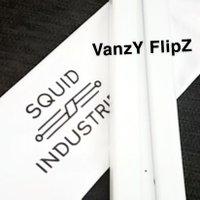 VanzY FlipZ I like anime and balisongs. Btw the balisong community is small. Miku gang wya🤤🤤
